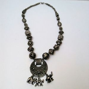 """Jewelry - Vintage Statement Necklace Style of """"Silk Road"""""""